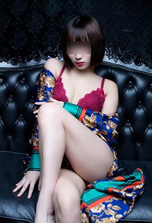 交際クラブを銀座で探し美人モデル女性と出会う